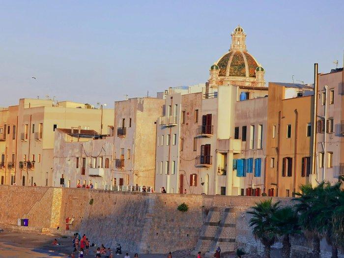 posti imperdibili della sicilia trapani tramonto mura vista porto