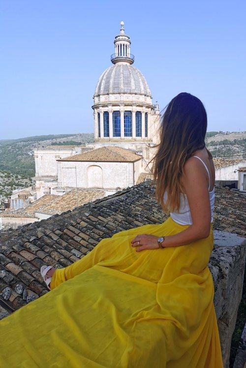 ragusa ibla, ragusa, vacanza in sicilia, sicilia, cosa vedere a ragusa, cosa vedere a ragusa ibla, panorami ragusa ibla, veduta ragusa, migliori panorami ragusa, posti imperdibili della sicilia, posti instagrammabili sicilia, posti instagrammabili ragusa, mirador del duomo ragusa, vista cupola duomo ragusa