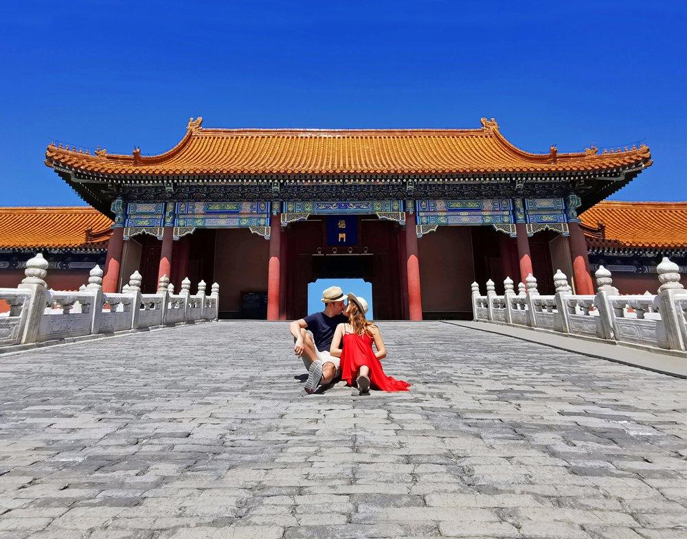 pechino, beijing, città proibita, cina, china, pagode, simbologia cinese, decorazioni orientali, oriente, asia, simboli cina, monumenti cina, monumenti pechino, viaggio in cina, posti instagrammabili pechino, travel couple cina, dove fotografare cina, foto di coppia cina, viaggio di nozze in cina