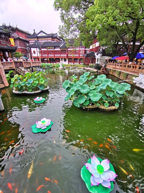 shanghai città vecchia, shanghai old town, shanghai pagode, shanghai street food, shanghai yuyuan garden, yu garden, chinatown, cosa vedere a shanghai, shanghai templi, tempio shanghai, giardini del mandarino shanghai, visit shanghai, viaggio a shanghai